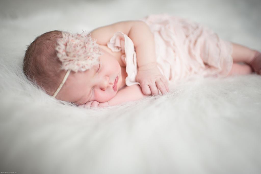 Michelle Lyn Photography {Newborn Photographer}